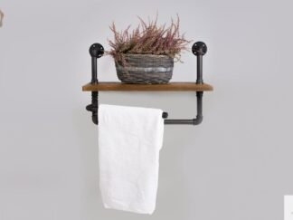 Regal mit Handtuchbügel aus Massivholz für Badezimmer DENAR finden Sie uns auf https://www.facebook.com/RaWoodpl/