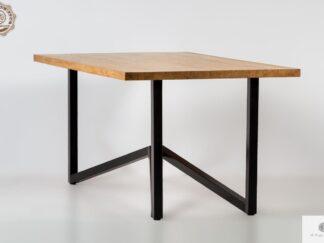 Tisch mit Eichentischplatte auf Metallbeinen ins Esszimmer INDRA Mobel Hersteller RaWood Premium Mobel