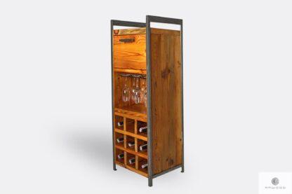 Holzbarschrank mit Regale für Flaschen ins Wohnzimmer