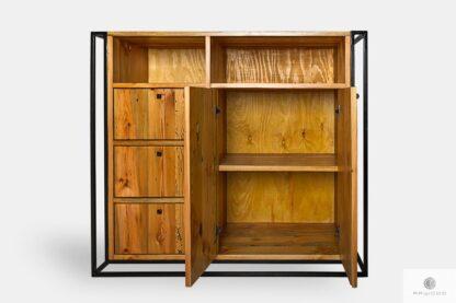 Industrielle Kommode aus Holz und Metall ins Esszimmer