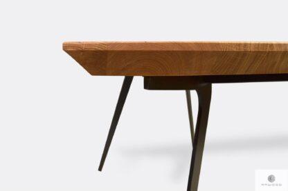 Tisch mit Eiche Tischplatte mit Schweizer Kanten VITA