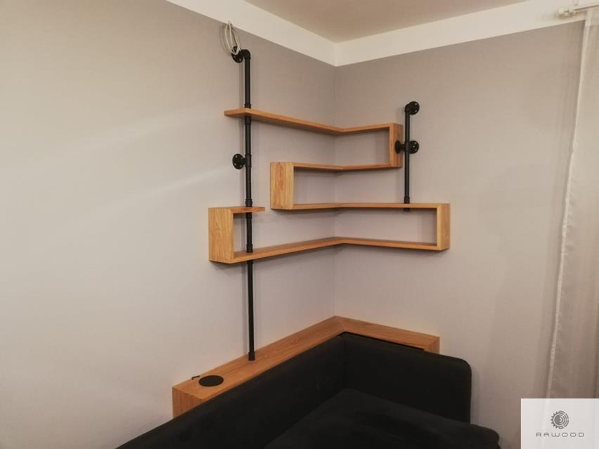 Industrielle Eiche Bücherregale aus Massivholz uns Stahl ins Wohnzimmer
