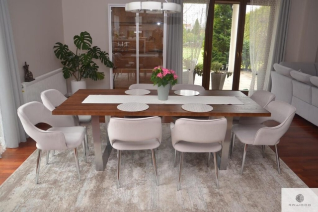 Modern Tisch aus Eichenholz ins Esszimmer MOCCA