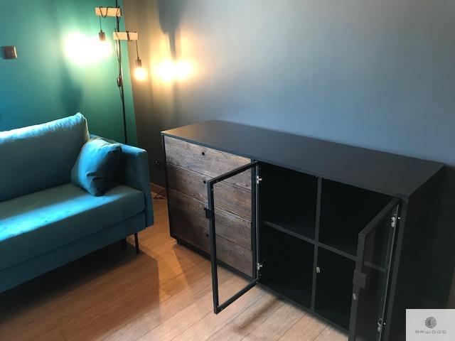 Holzkommode mit Schubladen ins Wohnzimmer Arbeitzimmer CARLA finden Sie uns auf https://www.facebook.com/RaWoodpl/