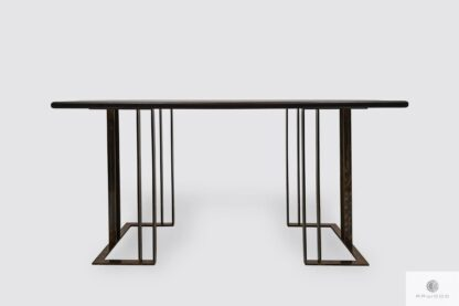 Tisch aus Eichenholz auf Metallbeinen ins Esszimmer Wohnzimmer MERIDIAN Möbelhersteller RaWood Premium Möbel