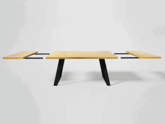 Tische mit Zusatzplatten