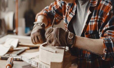 Möbel: Handarbeit oder Massenproduktion? VORTEILE UND NACHTEILE